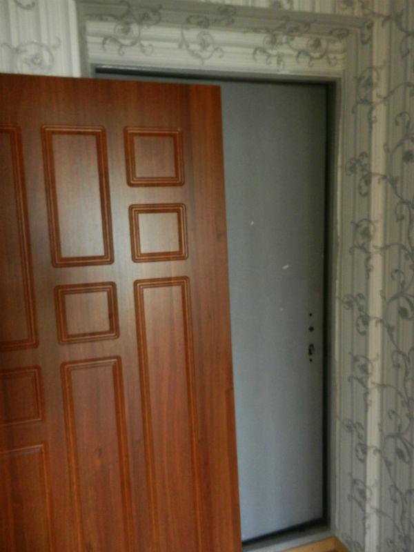 Входные двери до обшивки МДФ накладками