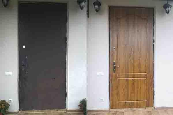 Установка МДФ на уличных дверях